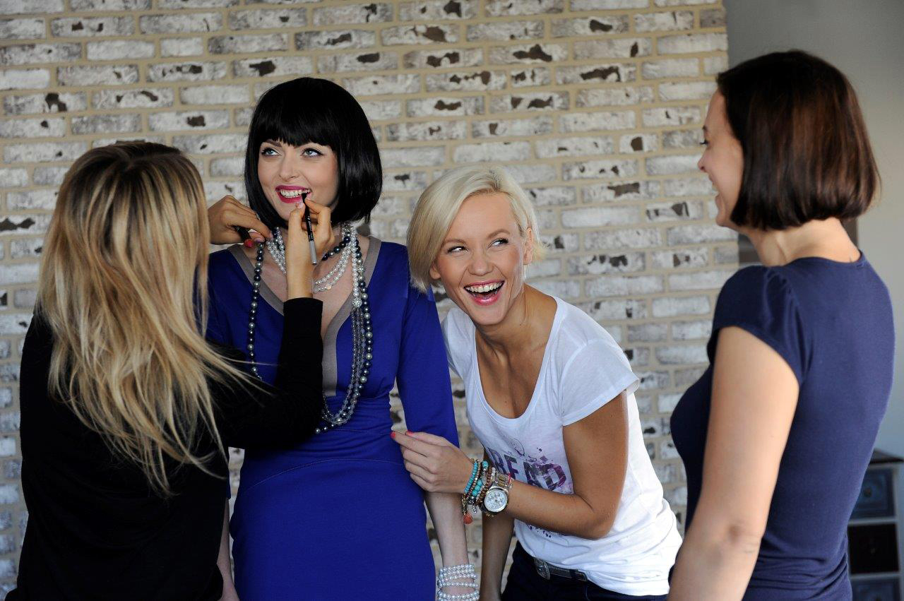 donna-rosi-fw2014-backstage-7