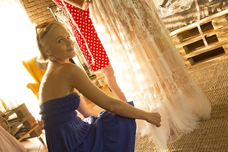svadba-v-stodole-backstage-by-janatini-17
