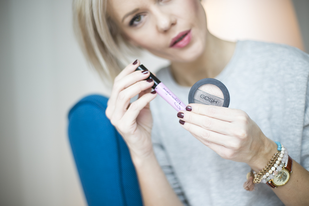 how-to-do-make-up-with-fingers-janatini-jana-tomas-gosh-copenhagen-14