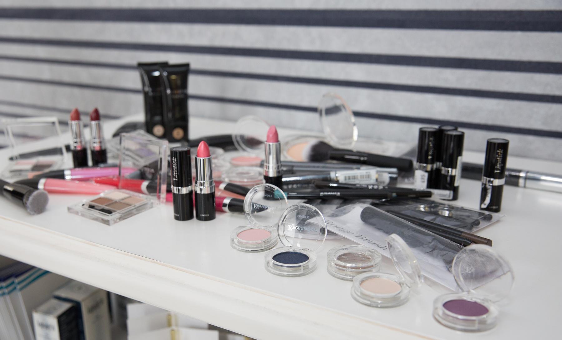 P 603A3262 Lindex Beauty kozmetika