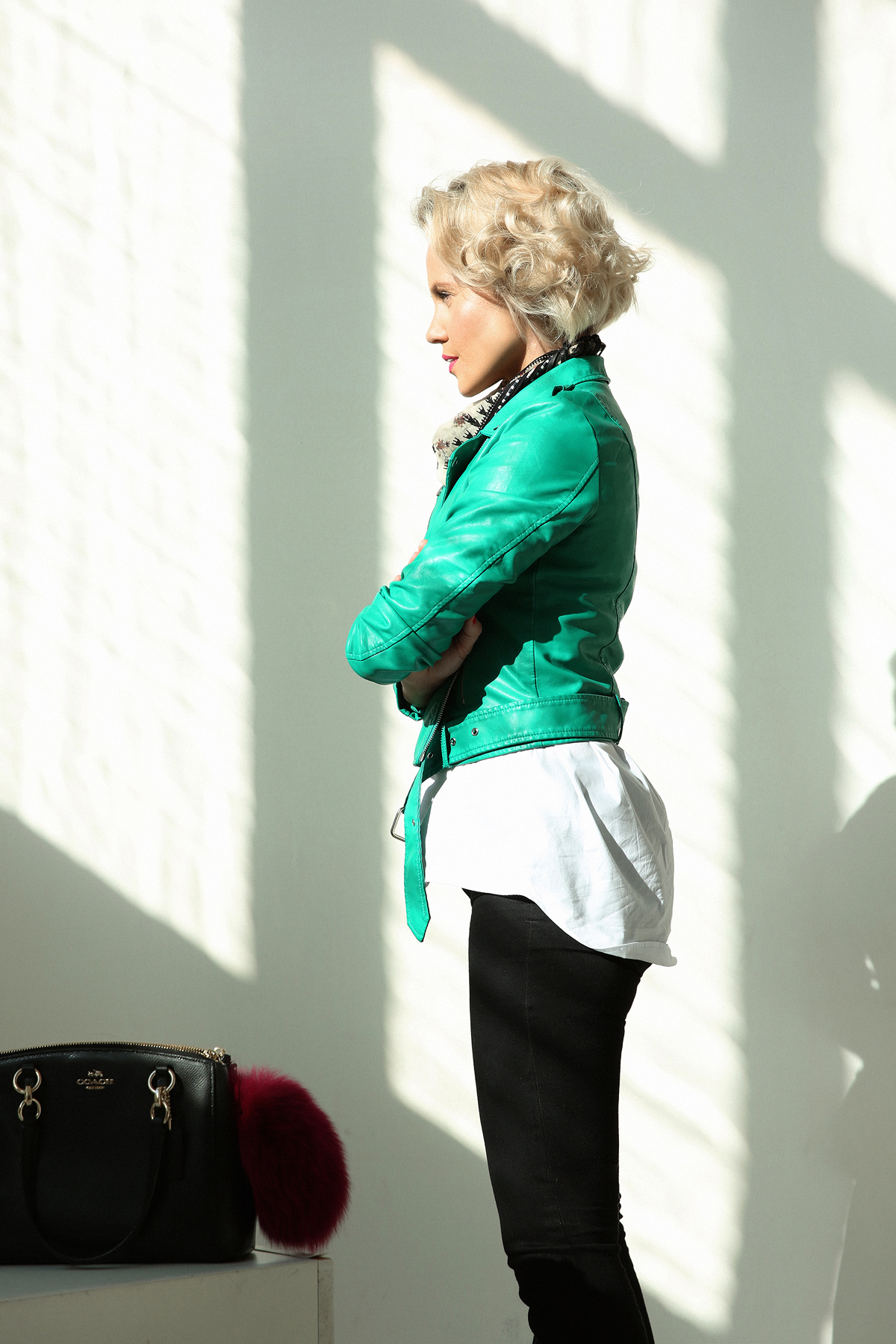 janatini-green-leather-jacket-mohito-jana-tomas-6