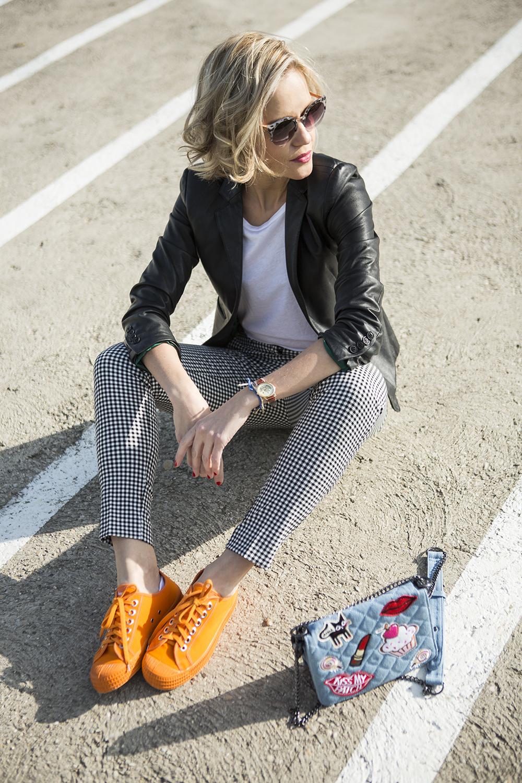 orange-sneakers-novesta-janatini-janatomas-2