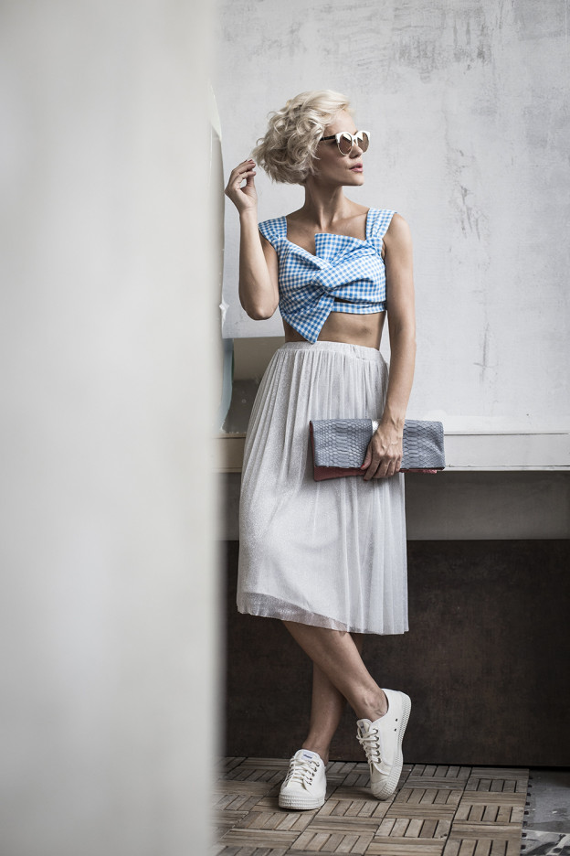 blue-grey-crop-top-midi-skirt-janatini-jana-tomas-1