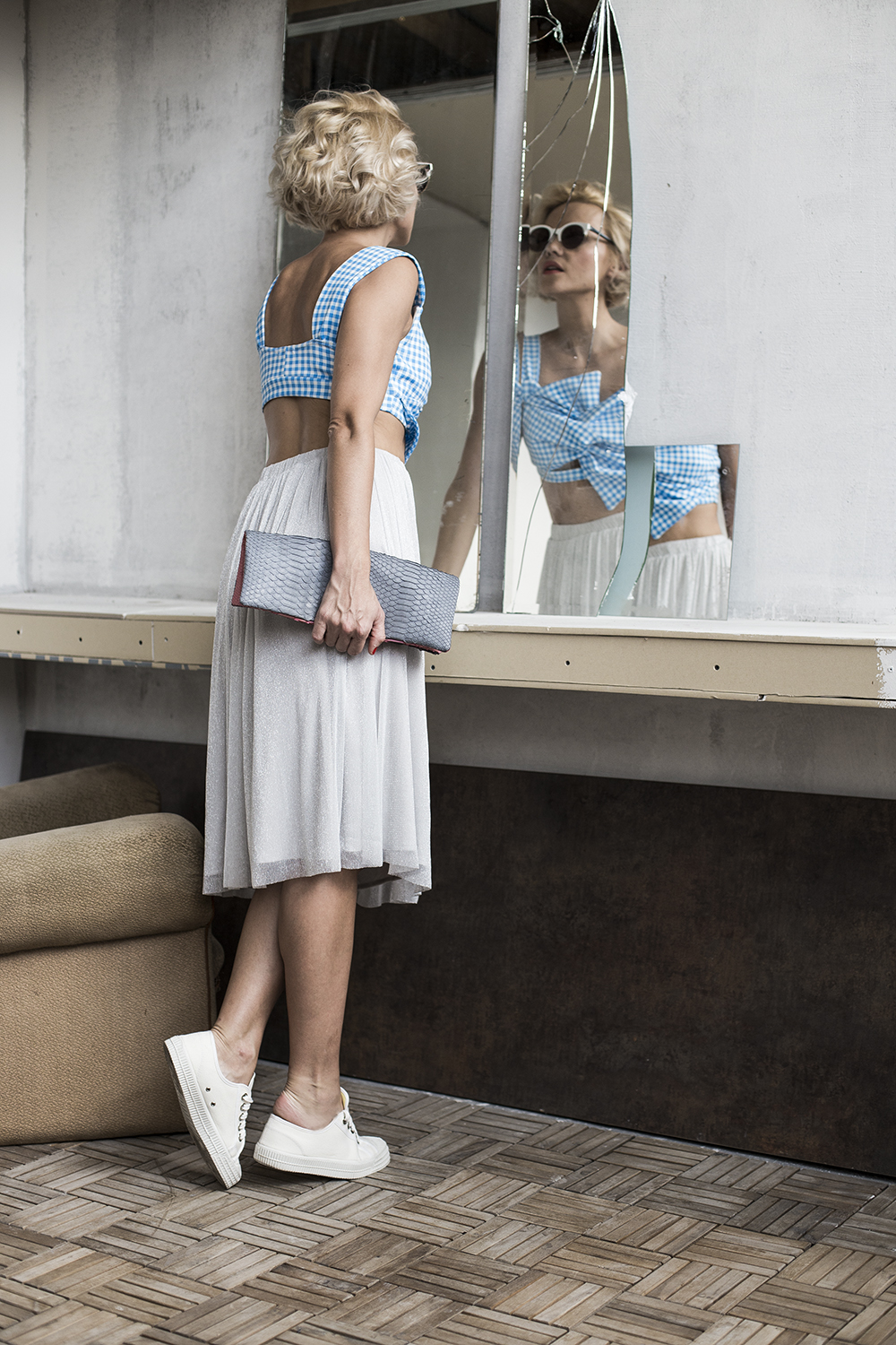 blue-grey-crop-top-midi-skirt-janatini-jana-tomas-3