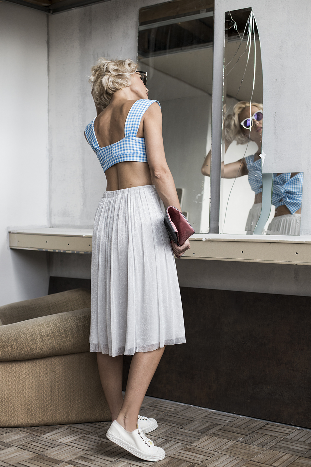 blue-grey-crop-top-midi-skirt-janatini-jana-tomas-4